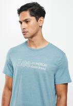Lee  - American denim brand - blue