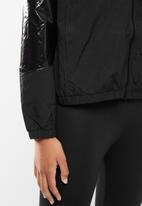 Lyle & Scott - Zip through jacket - black