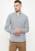 Ben Sherman - Med ging shirt - black
