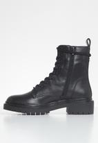 Steve Madden - Hazard leather combat boot - black