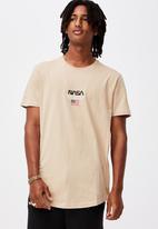 Factorie - Curved pop culture T-shirt - beige