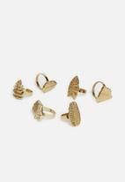 Excellent Housewares - Leafy napkin rings set of 6 - gold