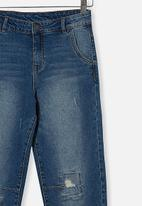 Free by Cotton On - Boys street jean - infinity mid blue wash