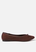 Cotton On - Essential evelyn point ballet - choc micro