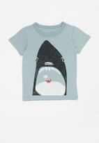 POP CANDY - Boys shark print tee - blue