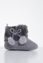 POP CANDY - Baby girls pom pom boots - grey