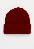 Superbalist - Roll up beanie - red