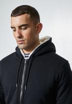 Superbalist - Stockton sherpa lined hoodie - navy