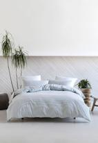 Linen House - Oria duvet cover set - blue