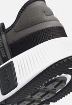 Nike - Reposto - black/white-dk smoke grey-iron grey