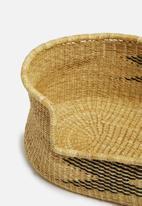 Bloomza - Woven pet basket- black & natural