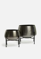 H&S - Metal flower pot stand set - black & silver