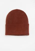 Superbalist - Ribbed knit beanie - rust