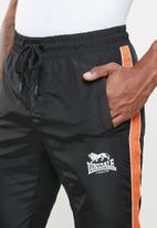 Lonsdale - Strapped tracksuit - black & orange