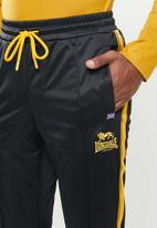 Lonsdale - Angels tracksuit - black & yellow
