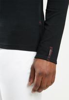 SOVIET - Dawn long sleeve v-neck tee - black