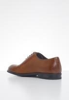 POLO - Austin leather plain vamp formal lace up - cognac