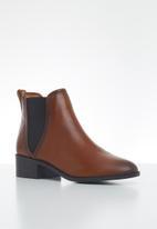 Steve Madden - Dares leather chelsea boot - cognac