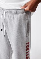 Factorie - Relaxed graphic trackpant - grey