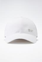 Reebok - Te badge cap - white/white