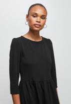 edit - 3/4 sleeve tiered knit midi - black