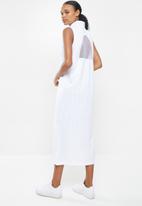Nike - Nsw amd dress - white