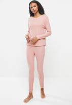 Superbalist - Soft touch rib sleep top & pants set - pink
