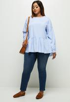 edit Plus - Tiered balloon sleeve blouse - blue & white
