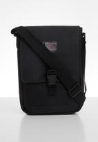 DC - Explorer satchel m - black