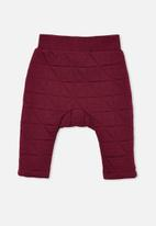 Cotton On - Emerson quilted trackpant - faded burgundy