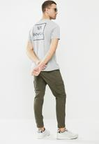 RVCA - Dry brush short sleeve tee - grey
