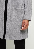 edit - Warm handle pocket detail shacket - grey