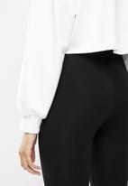 Blake - Cropped sweater - white