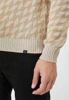Superbalist - Geo pattern crew knit - beige