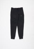 Nike - B nsw tch flc pant  - black