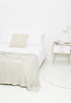 Sixth Floor - Tufted throw - grey & white