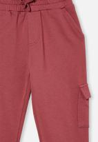 Cotton On - Cargo trackpant - red
