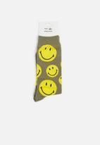 Typo - Mens novelty socks - khaki & yellow