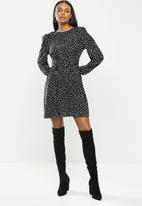 MILLA - Shoulder pad mini dress with waist detail - black & white