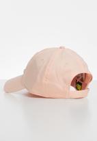 Nike - Nike metal swoosh cap - pink