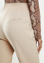 SISSY BOY - Toronto:high rise elasticated pants with wb detail - sand