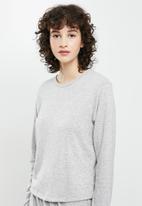 Superbalist - Soft touch sleep top & drop crotch pants set - light grey melange