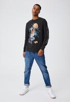 Cotton On - Tbar collab long sleeve T-shirt - black