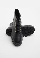 Superbalist - Sharr lace-up boot - black
