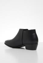 edit - Candine ankle boot - black