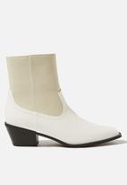 Cotton On - Marlie minimal western boot - white multi