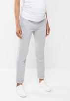 Superbalist - Easy fitting maternity jogger - grey