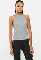 The North Face - W vyrtue tank - grey