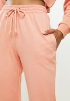 Missguided - Coord off the shoulder sweat & jogger - pink