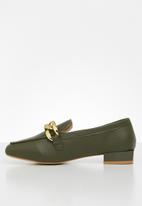Z_Code_Z - Layla wider fit chain loafer - olive